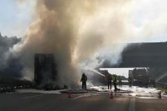 A2 Niemcy - spłonęła polska ciężarówka z wytłaczankami 3