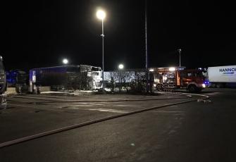 Niemcy – Kierowca z Polski znajdował się kabinie gdy wybuchł pożar – z poparzeniami trafił do szpitala 1