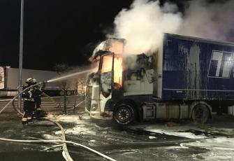 Niemcy – Kierowca z Polski znajdował się kabinie gdy wybuchł pożar – z poparzeniami trafił do szpitala 3