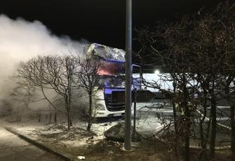 Niemcy – Kierowca z Polski znajdował się kabinie gdy wybuchł pożar – z poparzeniami trafił do szpitala 7