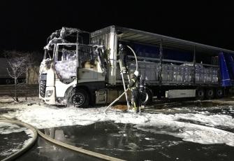 Niemcy – Kierowca z Polski znajdował się kabinie gdy wybuchł pożar – z poparzeniami trafił do szpitala 6
