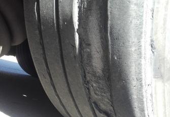 WITD zatrzymało dowód rejestracyjny i wszczęło postępowanie wobec kierowcy-przewoźnika, którego pojazd stwarzał zagrożenie w ruchu 2