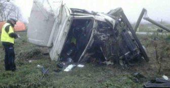 Wypadek na przejździe ciężarówka Łuków 1
