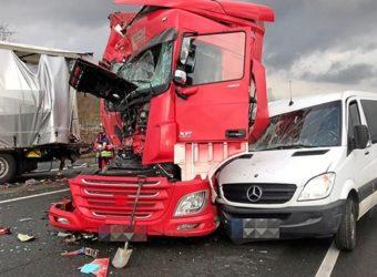 A1 Polski kierowca wypadek Cieżarówka
