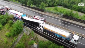 Wypadek trzech ciężarówek Austria