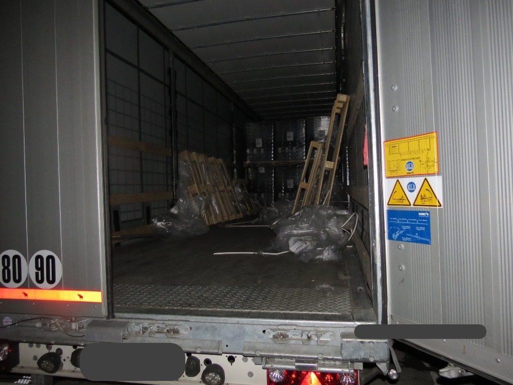Niemcy – na parkingu przy A2 z naczepy z Polski ukradziono 50 telewizorów o wartości 72 tys euro