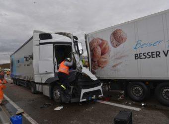 Niemcy – śmierć polskiego kierowcy ciężarówki w wyniku wypadku na A6