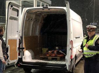 Policja z Tyrolu bierze pod lupę pojazdy do 3,5 ton - Austriacy obawiają się rosnącej liczby busów ze Wschodniej Europy