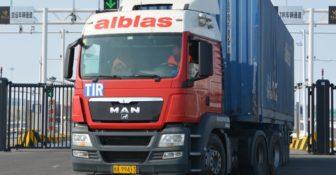 Niemcy – Chiny 7400 km w zaledwie 12 dni – firmy zaczęły oferować regularne kursy do Chin i z powrotem