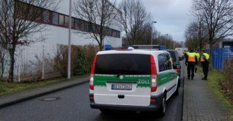 Niemcy – Zoll i Policja – masowe kontrole przestrzegania płacy minimalnej w firmach kurierskich w całym kraju