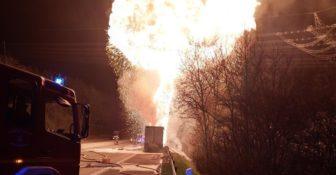Niemcy – pożar i eksplozja ciężarówki kierowanej przez Polaka, przewożącej farby i opony