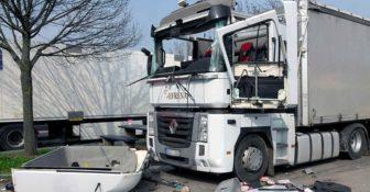 Niemcy – 38-letni kierowca ciężko ranny po eksplozji w kabinie ciężarówki na parkingu przy A4