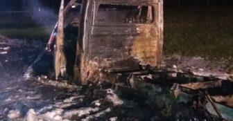Niemiecki – Na A2 doszczętnie spłonął pojazd dostawczy kierowany przez Polaka f